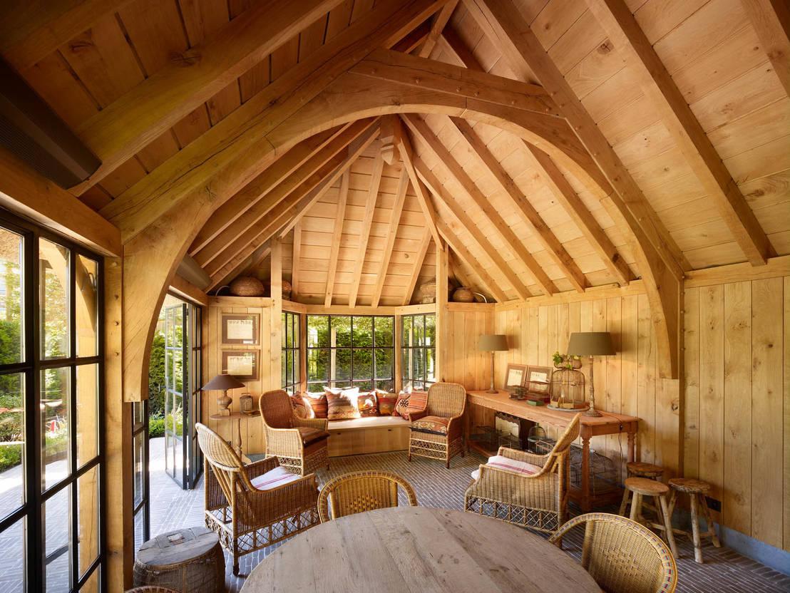 Eikenhouten bijgebouw door rasenberg exclusieve tuinpaviljoens eiken gebouwen b v homify - Interieur van een veranda ...