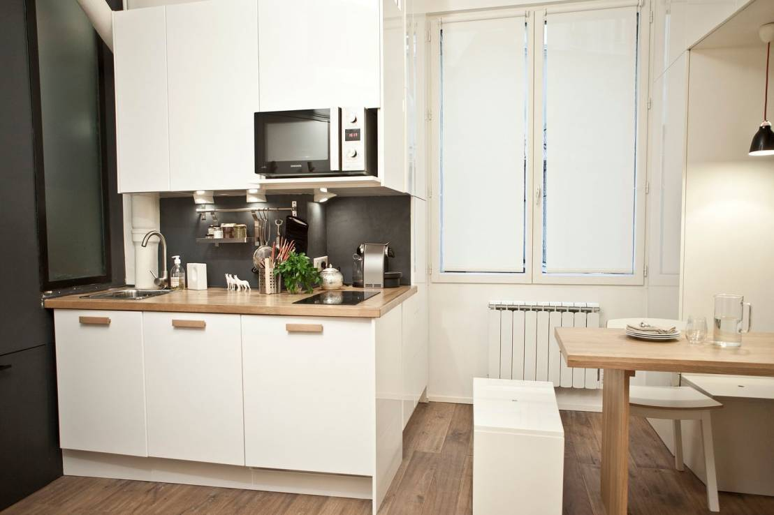 Idee n voor je kleine keuken 6 ruimtebesparende oplossingen - Optimaliseren van een kleine keuken ...