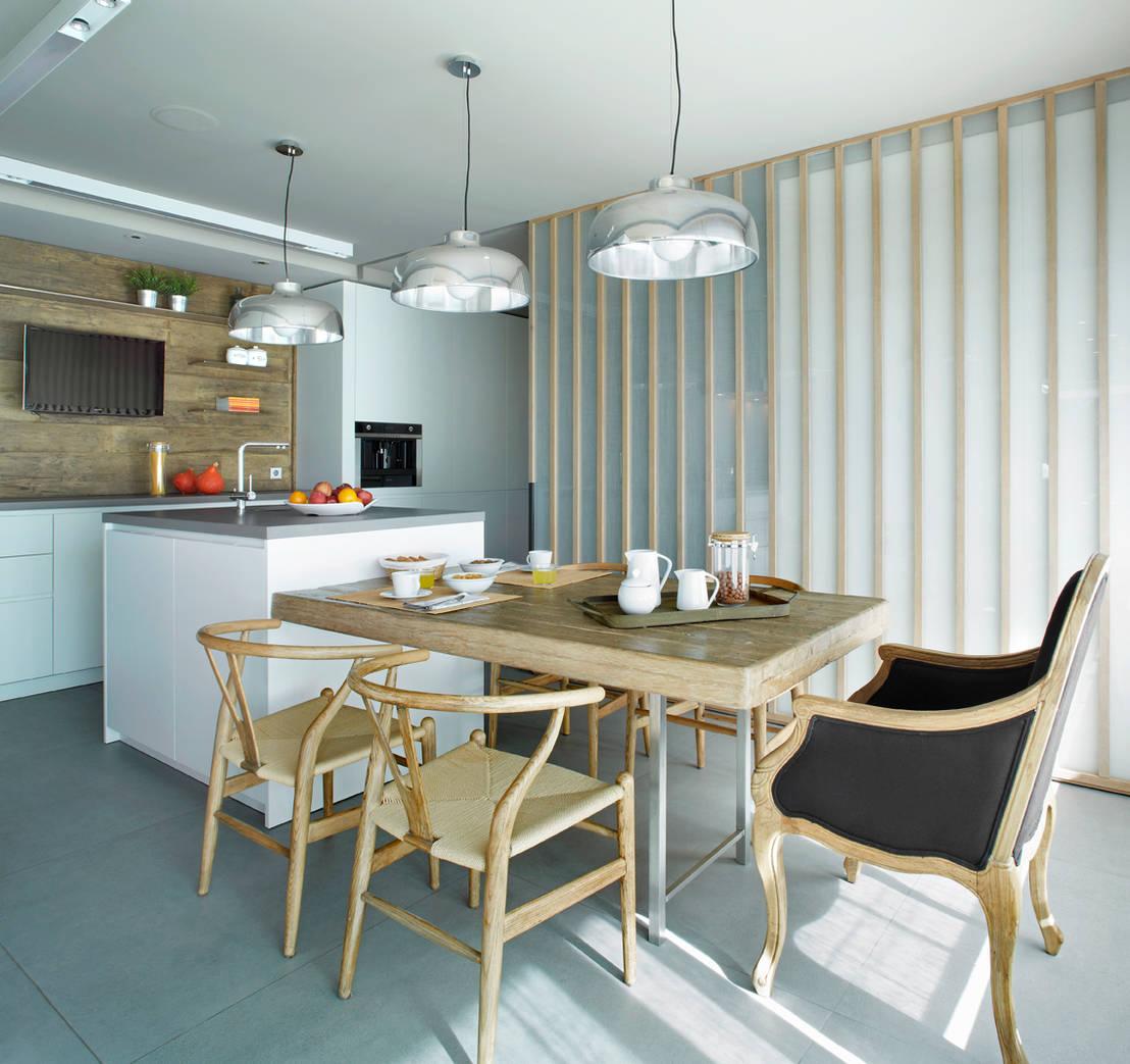 Estilo escandinavo 8 interiores maravillosos for Cocinas con peninsula y mesa