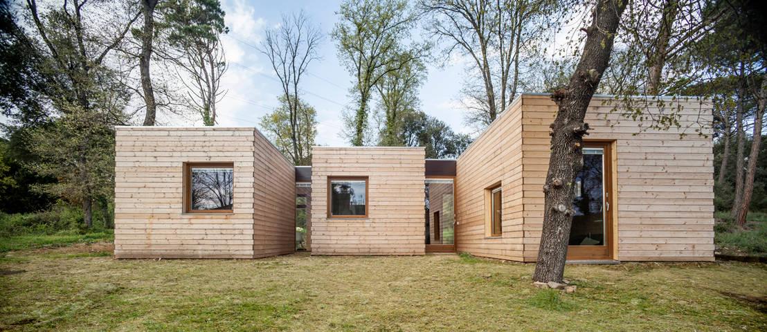 Una moderna casa di legno for Comprare una casa di legno