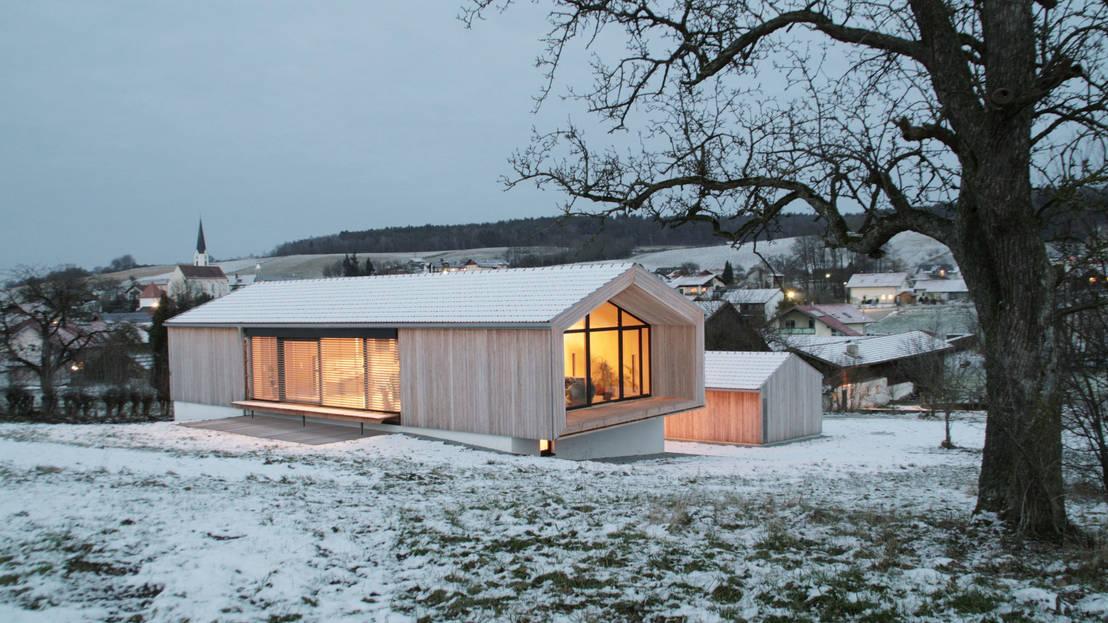 Homify 360 traditionelles und modernes bauen in bayern for Haus bauen modern pultdach