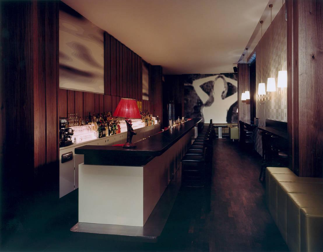 victoria bar in berlin. Black Bedroom Furniture Sets. Home Design Ideas