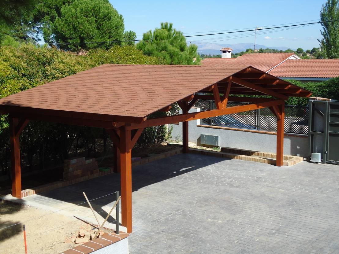Garajes de madera de pergomadera p rgolas y porches de madera homify - Porches para coches ...