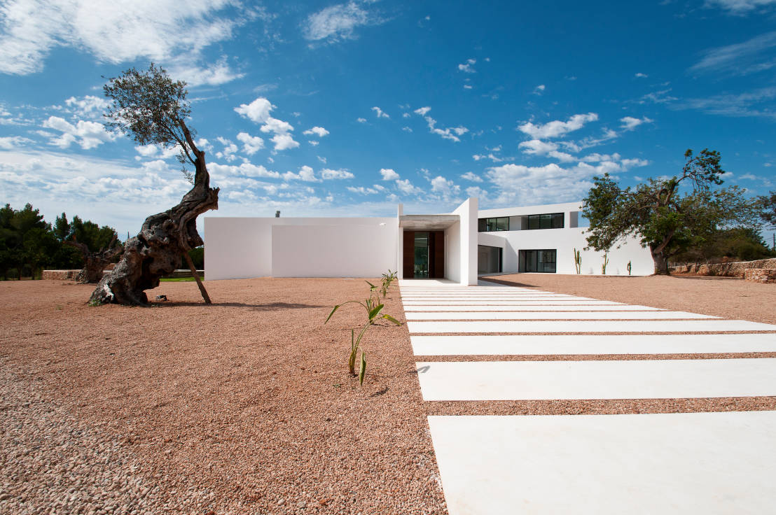 Can pep de sa guaita de ivan torres architects homify - Residence de standing saota roca llisa ...