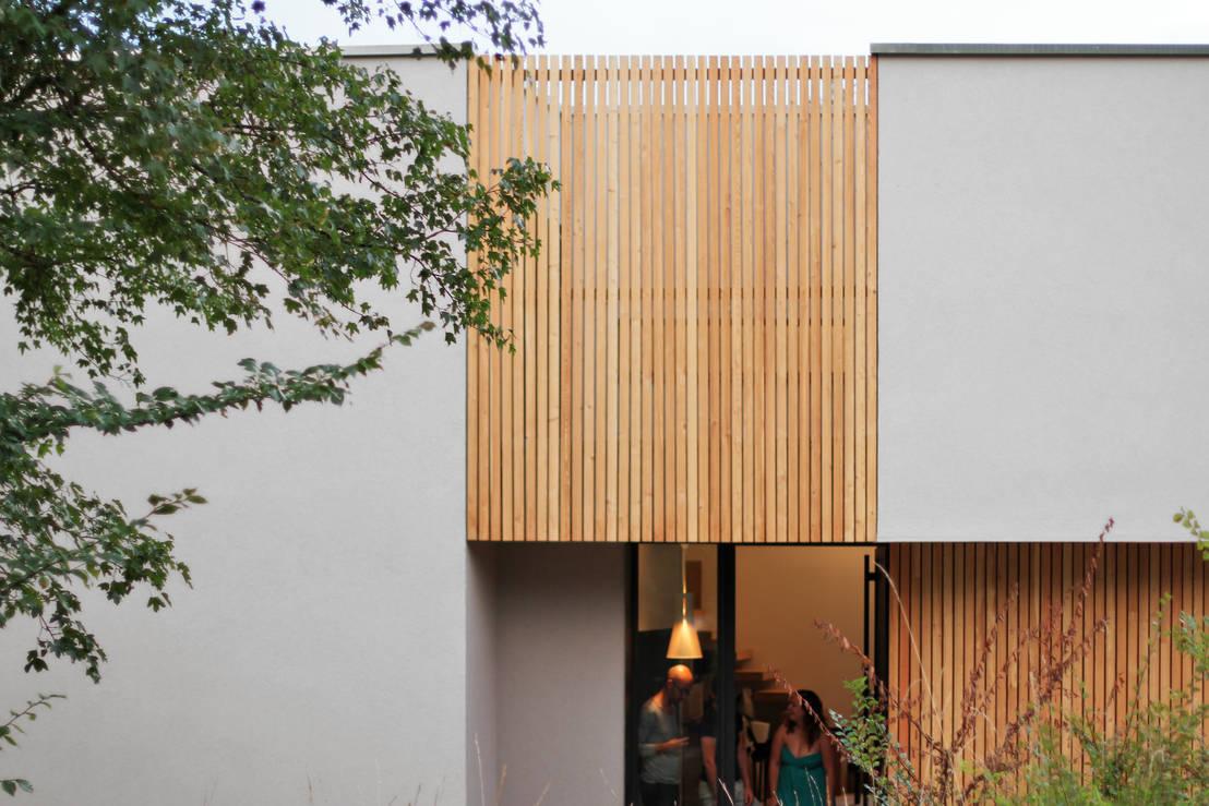 un havre de paix au milieu des arbres. Black Bedroom Furniture Sets. Home Design Ideas