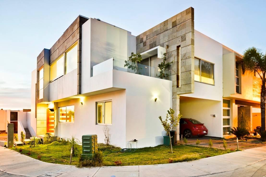 Fachadas modernas llevar n a tu casa a un nuevo nivel for Casas minimalistas modernas con cochera subterranea