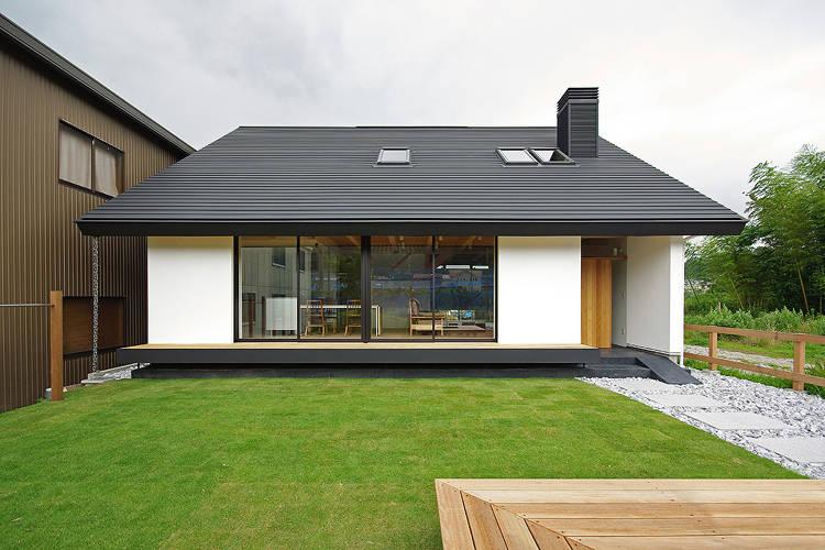 Une somptueuse maison minimaliste de 37m for Maison minimaliste