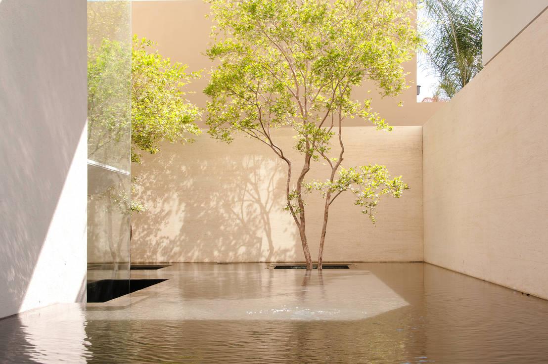5 jardines con el m s elegante protagonista el rbol for Ver jardines decorados