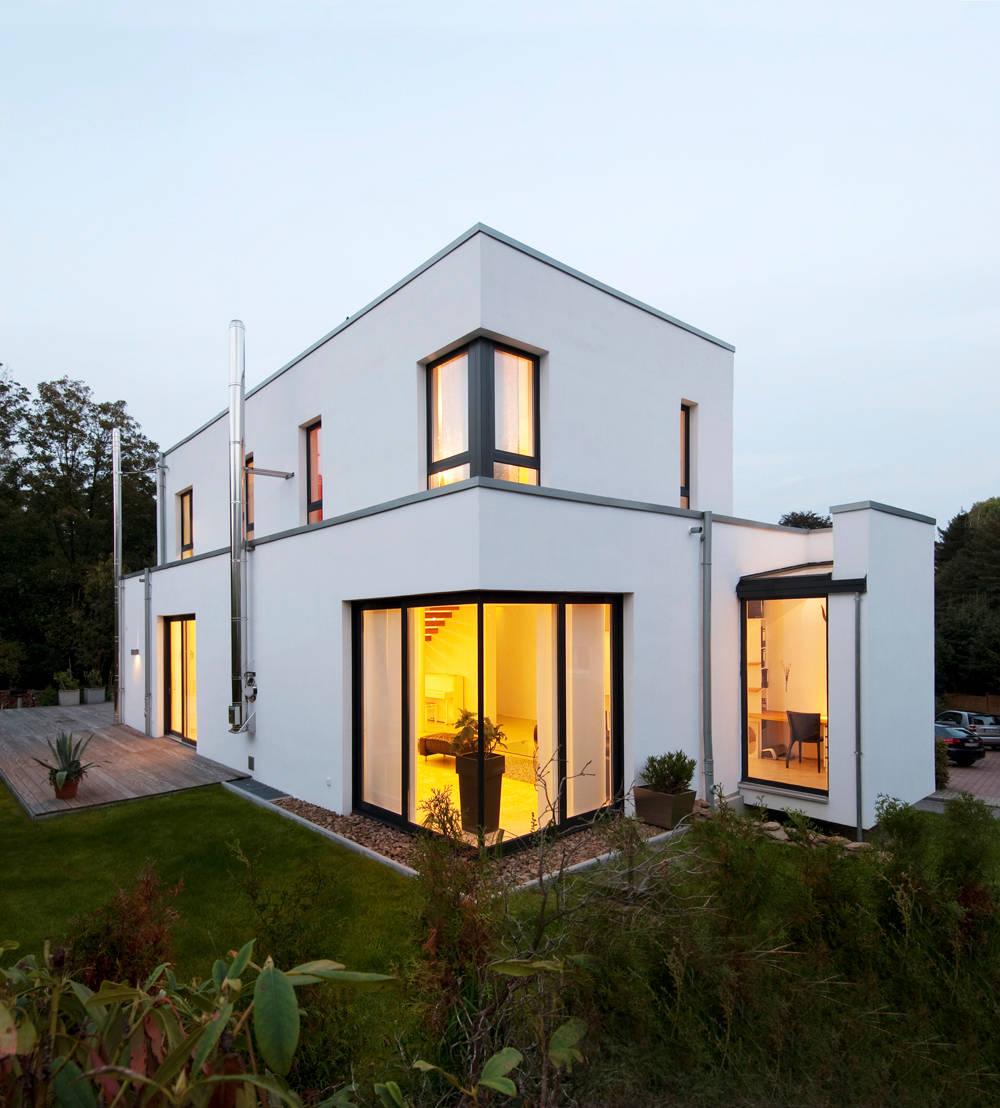 Modernes Einfamilienhaus in Essen von Stockhausen