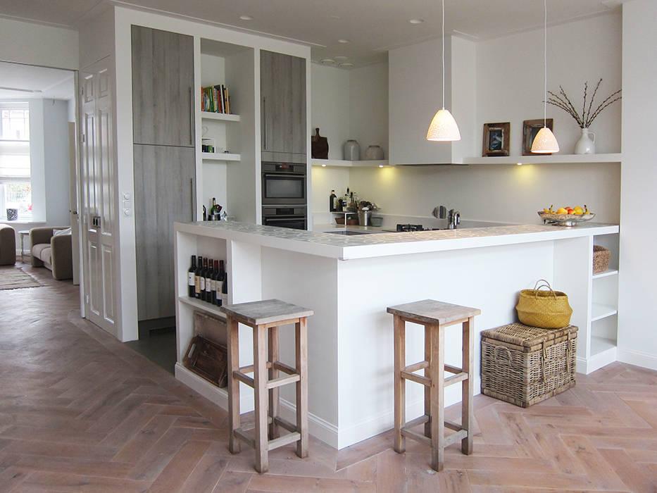 Een weldoordachte kleine keuken - Hoe dicht een open keuken ...