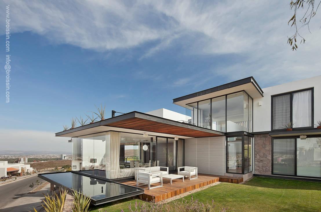 Casa acill atem de broissin homify for Casa moderna 6x6