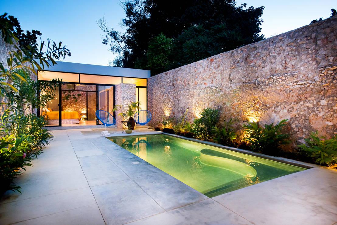 9 ideas para iluminar patios modernos for Lamparas para exteriores de casas