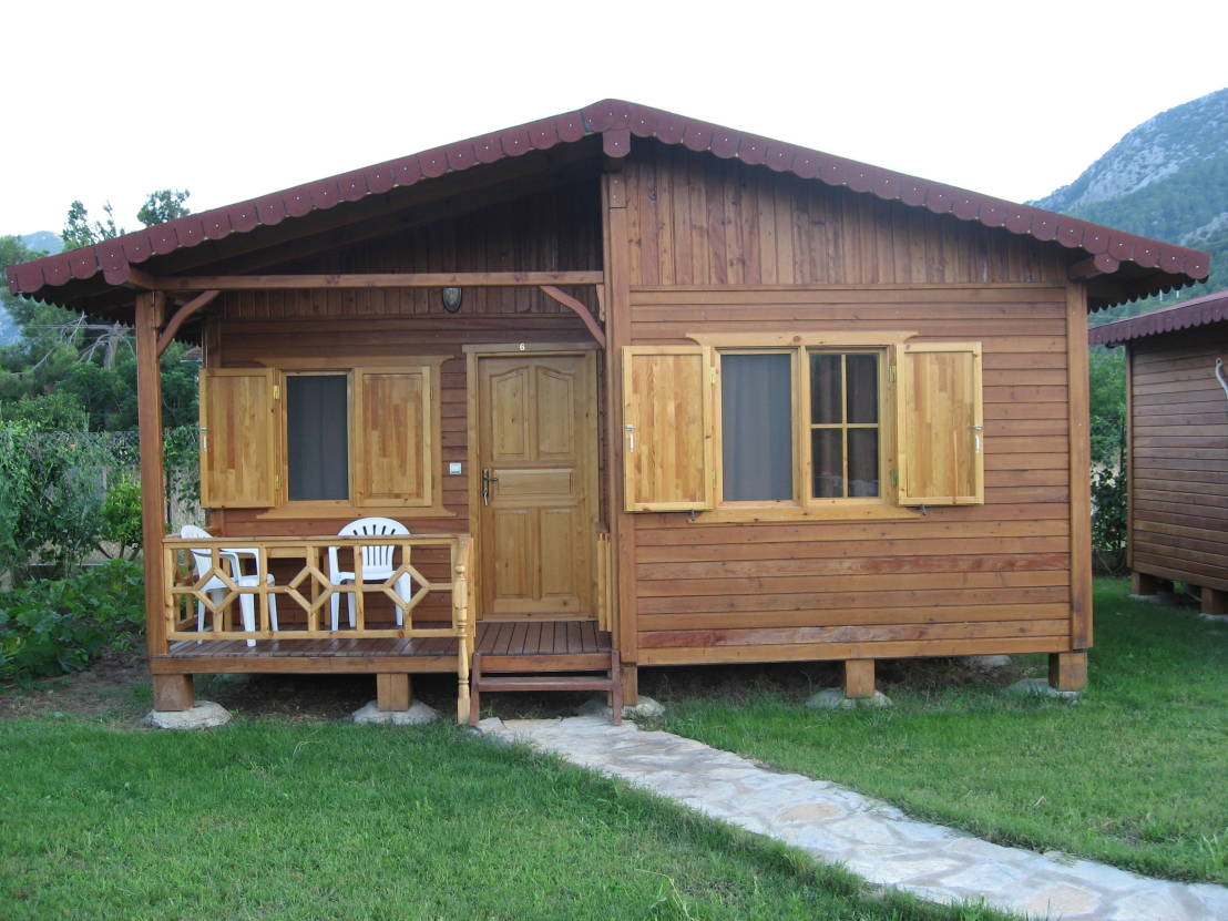6 casitas de madera muy f ciles de construir for Modelos de cabanas rusticas