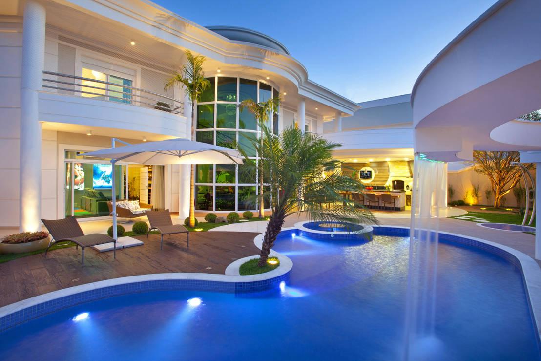 5 projetos de arquitetura com piscinas incr veis - Fotos de casas grandes ...