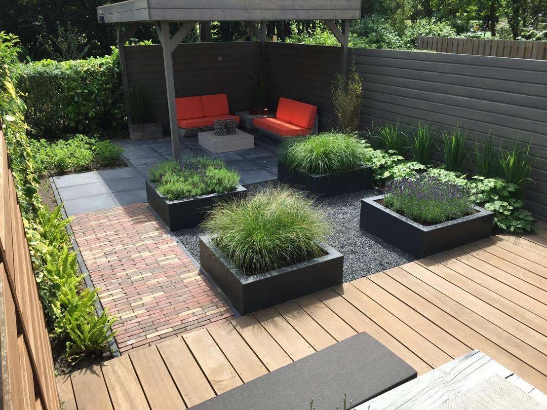Kleine tuin hoofddorp door biesot homify - Moderne tuinfoto ...