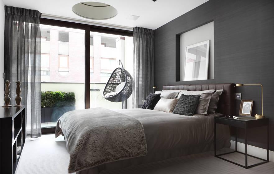 Slaapkamertips cre er een rustgevende atmosfeer voor een betere nachtrust - Habitacion gris y blanca ...