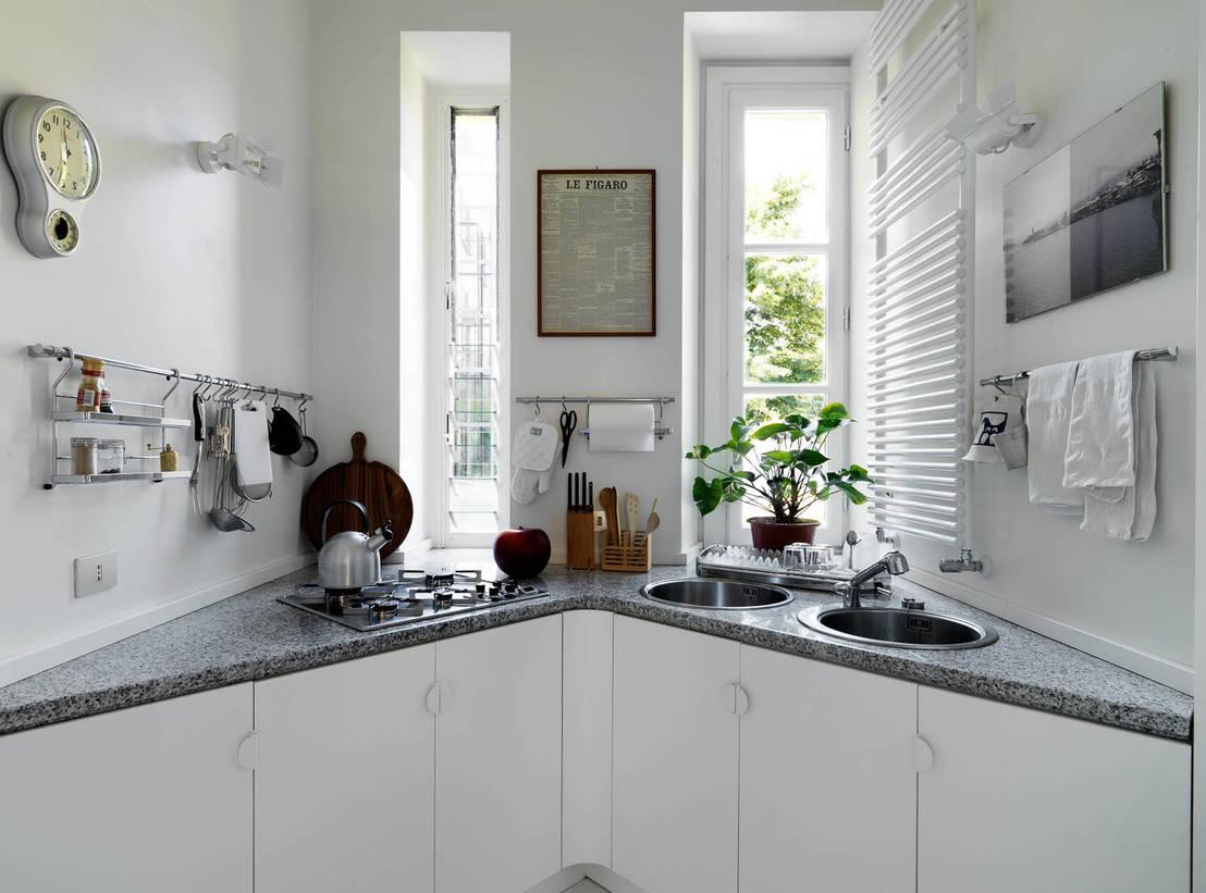Clever storage solutions for awkward kitchen corners -> Dluga Wąska Kuchnia W Bloku