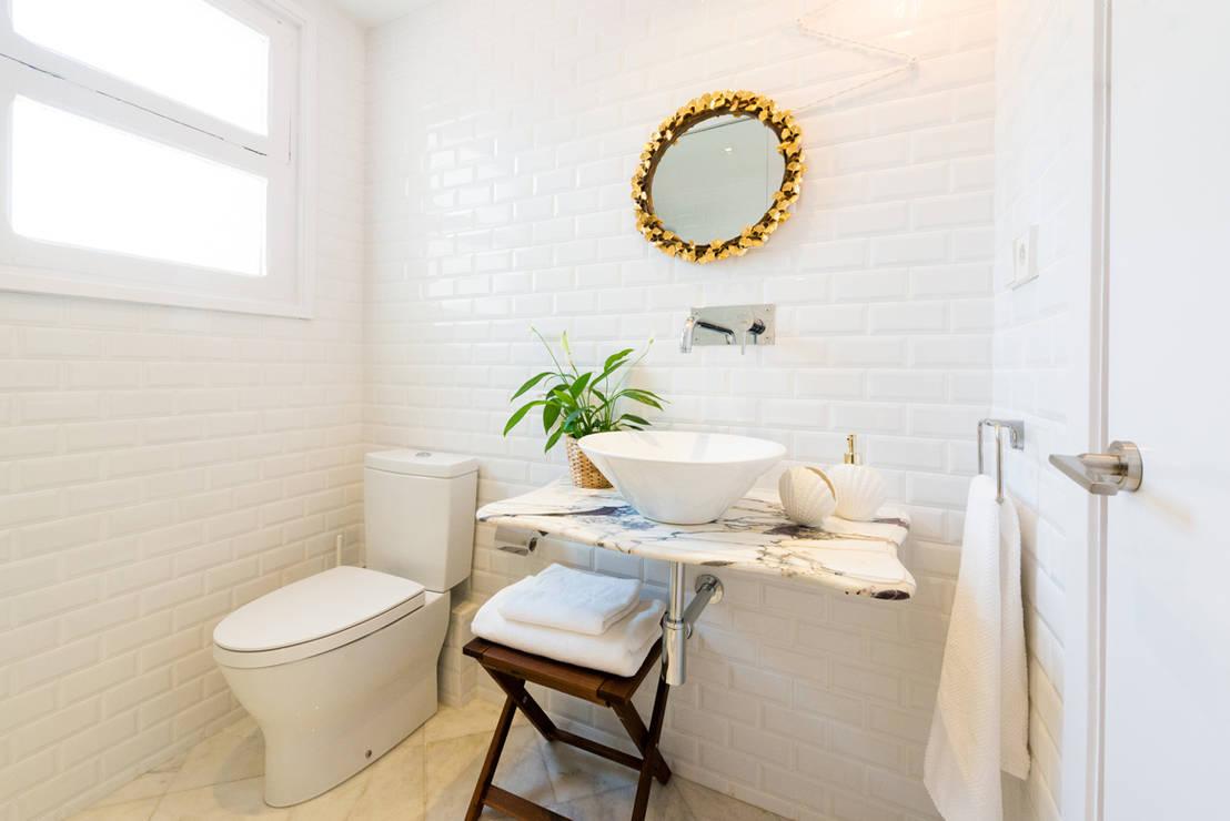 50 grandes ideias para decorar banheiros pequenos for Decoracion aseos