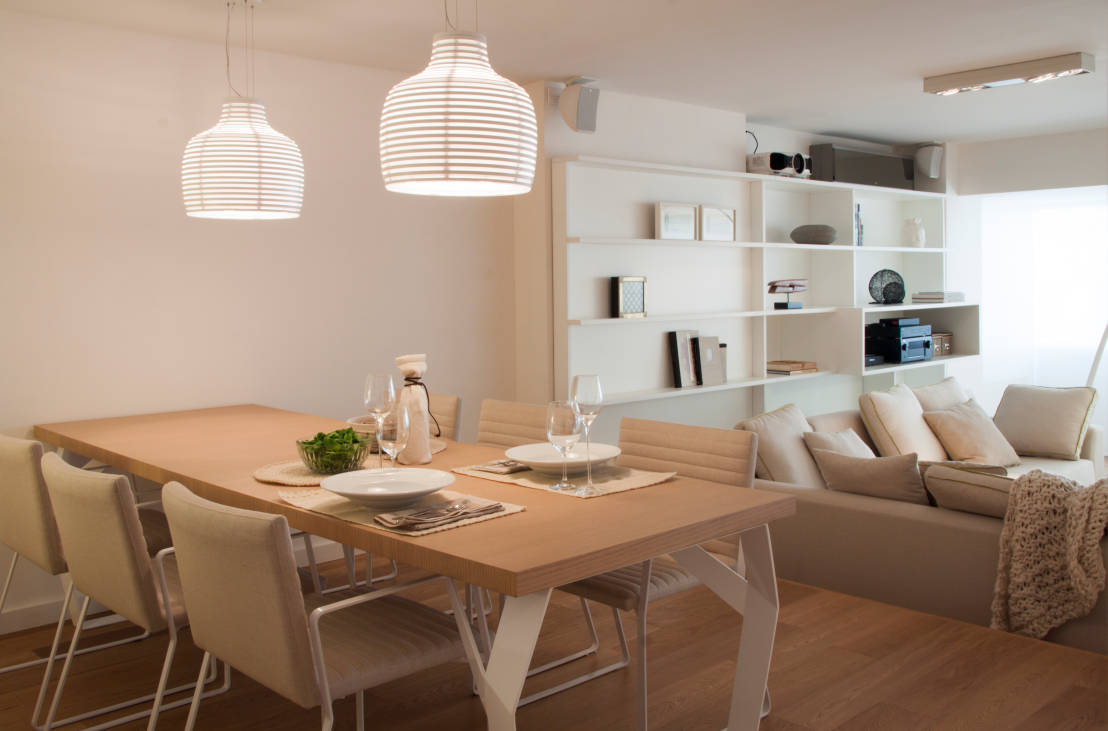 21 ideias para decorar casas pequenas gastando pouco for Living comedor moderno pequeno