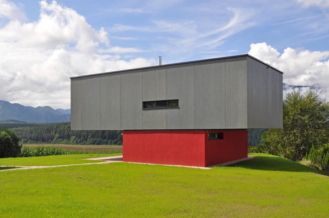 Modernes wohnhaus mit seeblick for Modernes wohnhaus