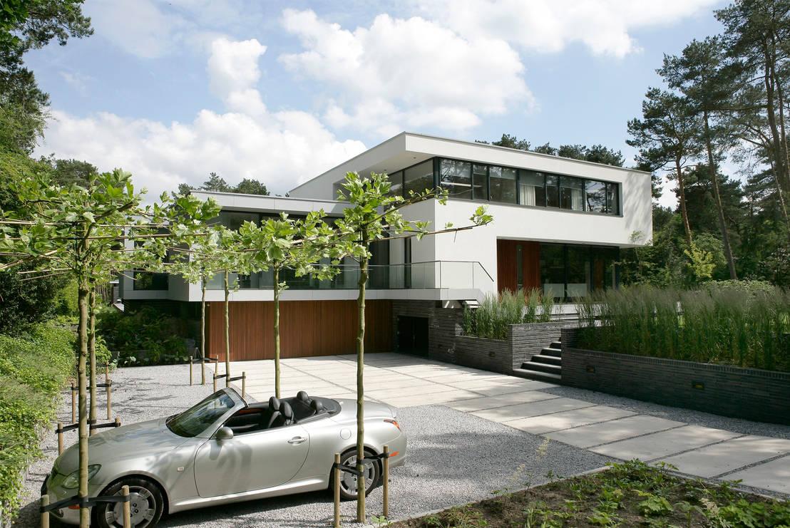 moderne witte villa in bosch en duin