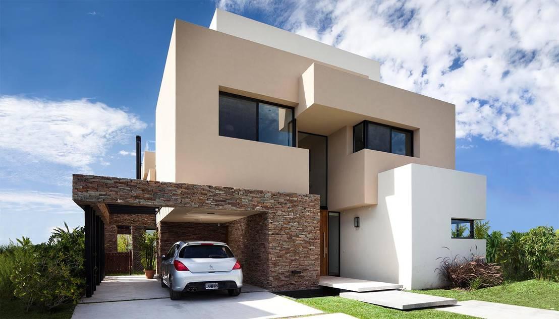 A casa familiar e moderna de um casal reformado for Casa minimalista grande