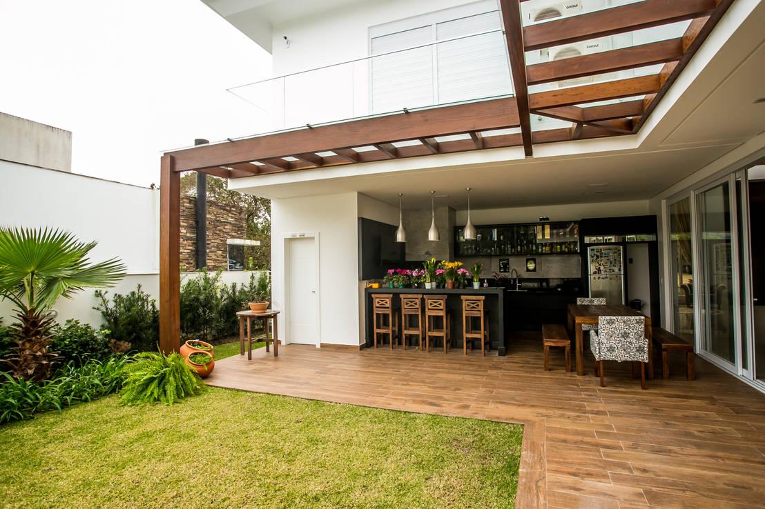 Pisos de madera para terrazas modernas 6 cosas que debes for Terrazas modernas exterior