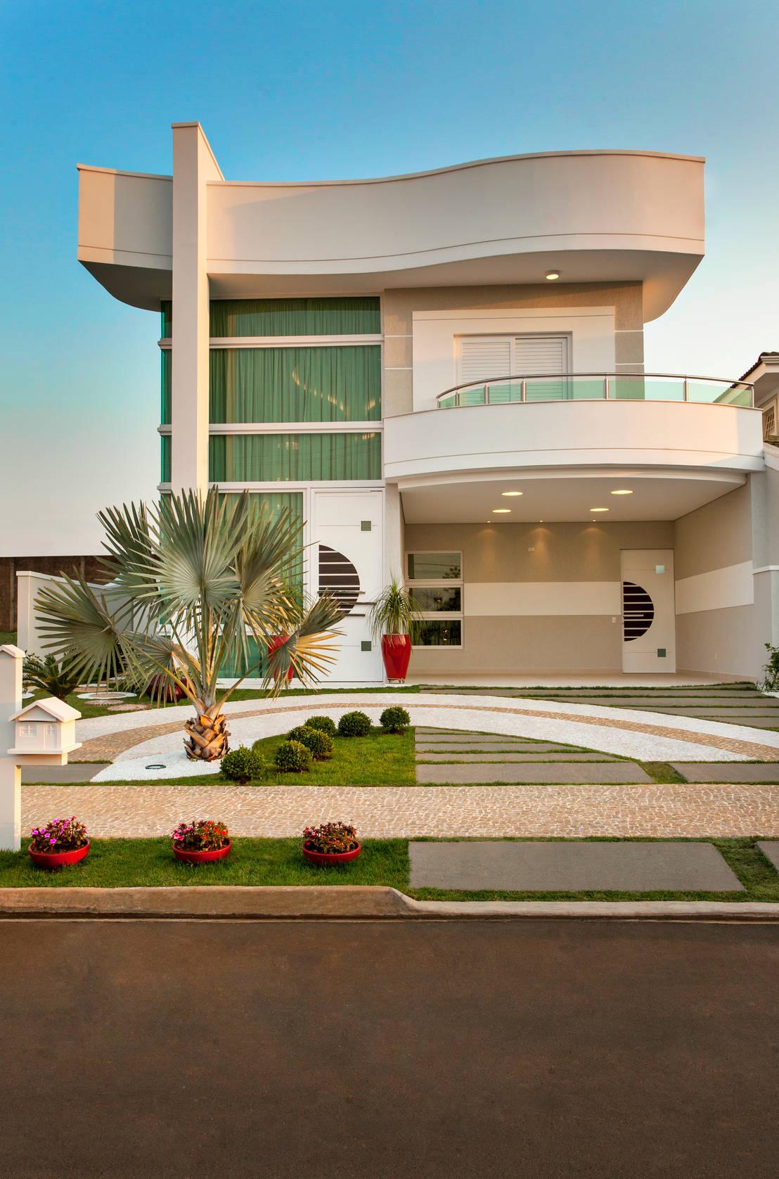 10 ideias para a cal ada na frente de casa for Fachada de casas modernas lujosas