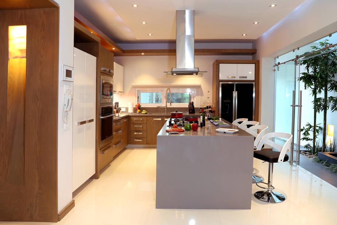 6 ideas para iluminar cocinas modernas for Vistas de cocinas
