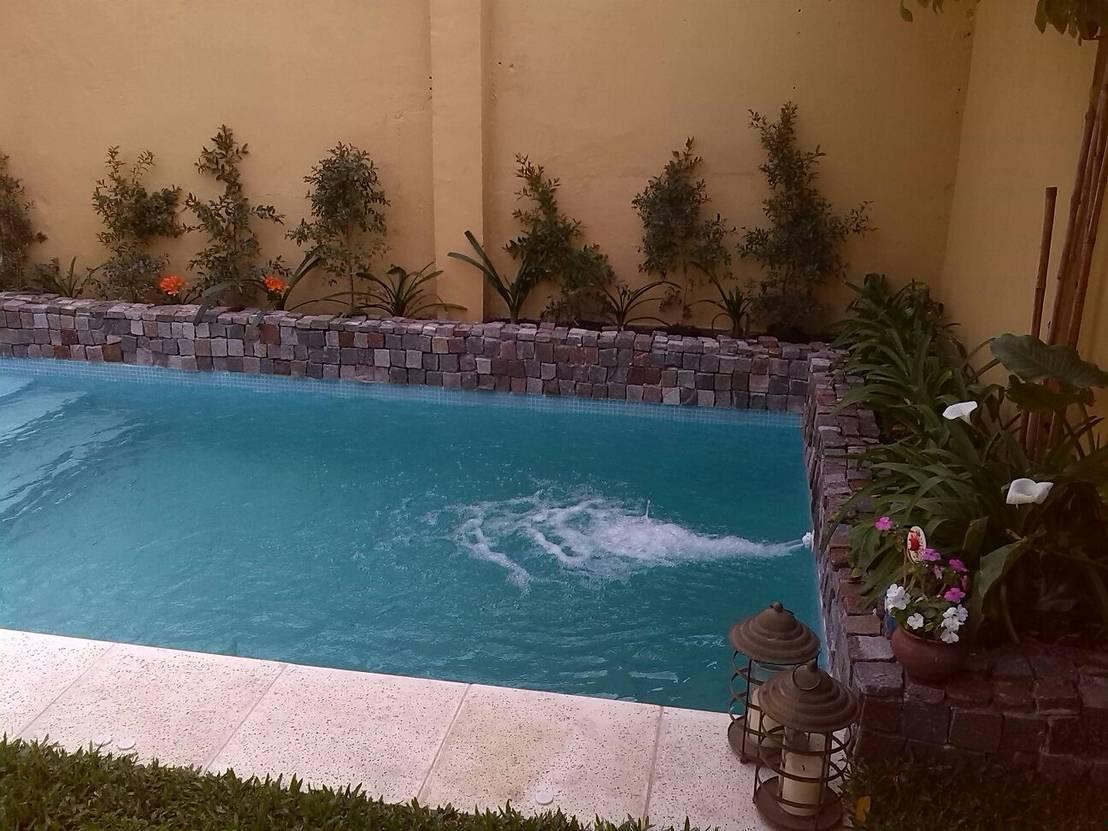 Come costruire una piscina in giardino in soli 7 passi for Piletas en patios chicos