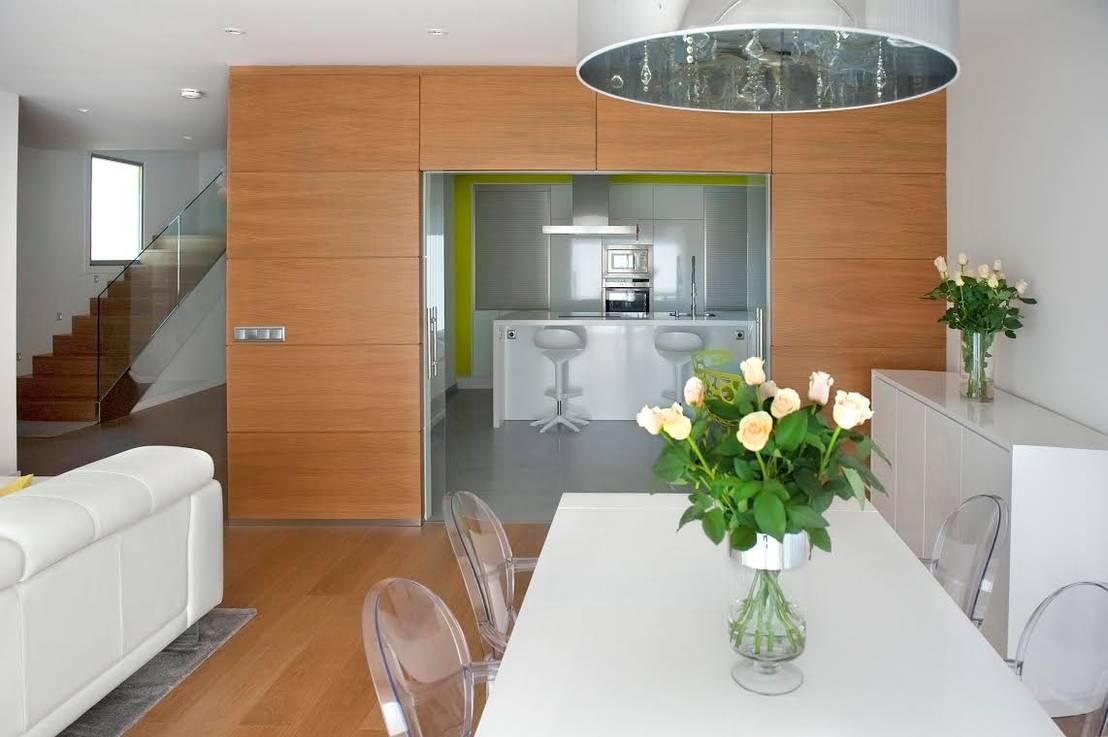 7 ideas geniales para separar la cocina de la sala y el for Living comedor en l