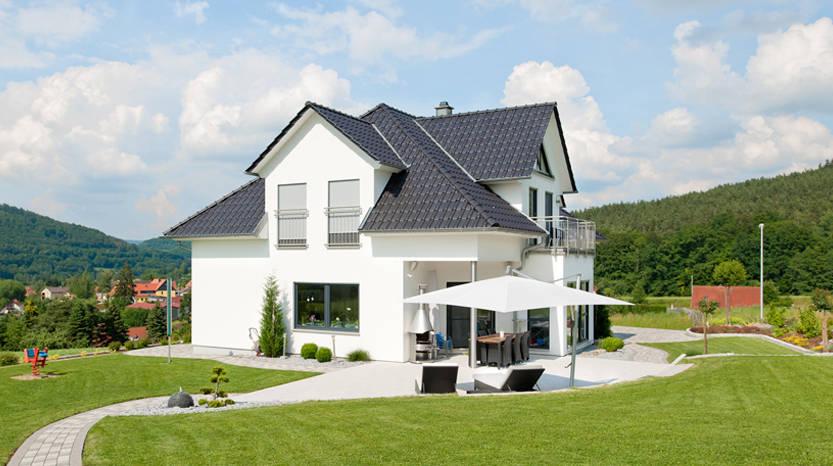 Moderne häuser und ihre bäder