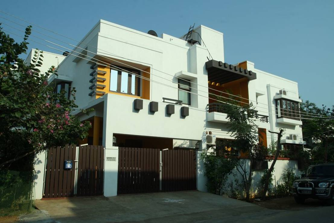 The colourful spiritual indian family home for Exterior home design in chennai