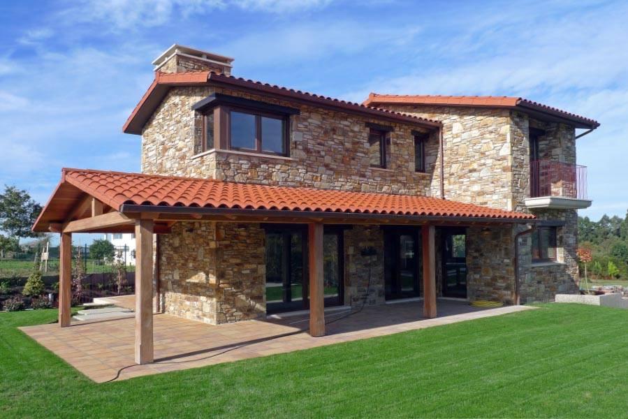 R stica y actual una maravillosa casa con piscina en for Casas con piscina en galicia