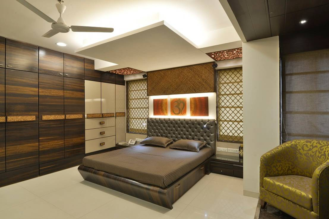 designing a bedroom an apartment in mumbai with vibrant colors 11418