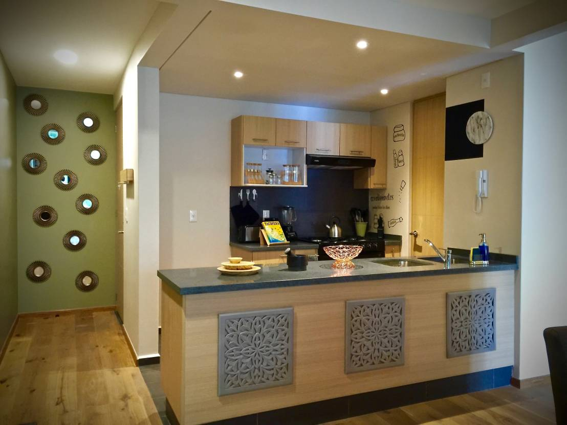10 ideas para iluminar una cocina peque a - Como iluminar una casa ...