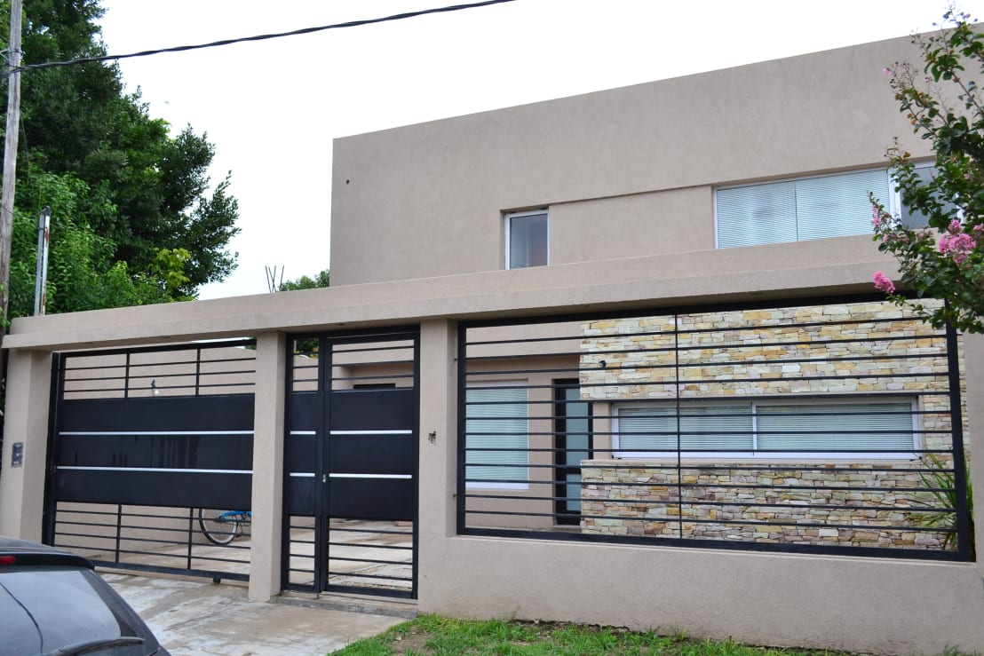 16 fotos de fachadas fabulosas para casas modernas for Imagenes casas modernas