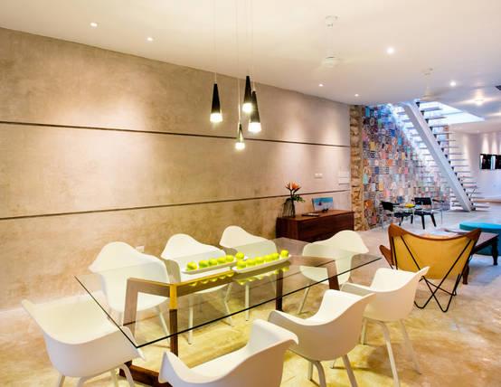 17 ideias para revestir as paredes de sua sala de jantar for Azulejos para paredes comedor