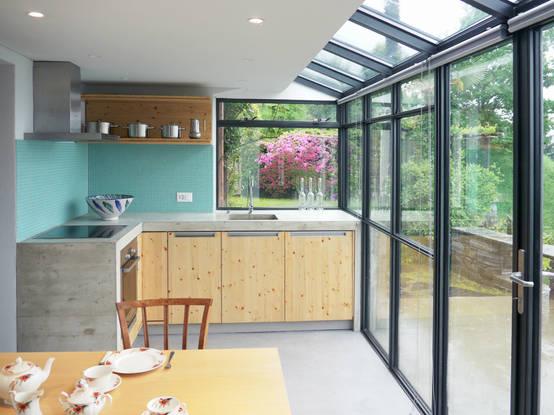 Cocina peque a 14 ideas para ampliarla hacia el patio for Cocinas para patios