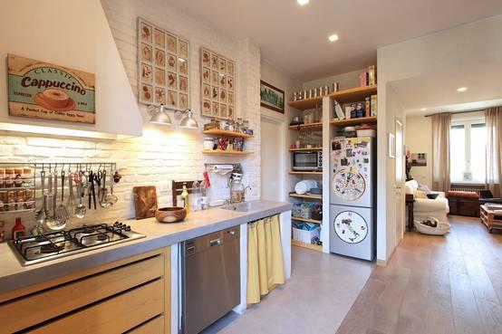 150 m di una vecchia casa divisi in 2 appartamenti moderni - Rendere antisismica una vecchia casa ...
