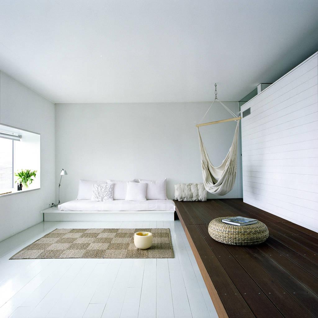 Case bircat camera da letto in stile di cattaneo for Case fatte da architetti
