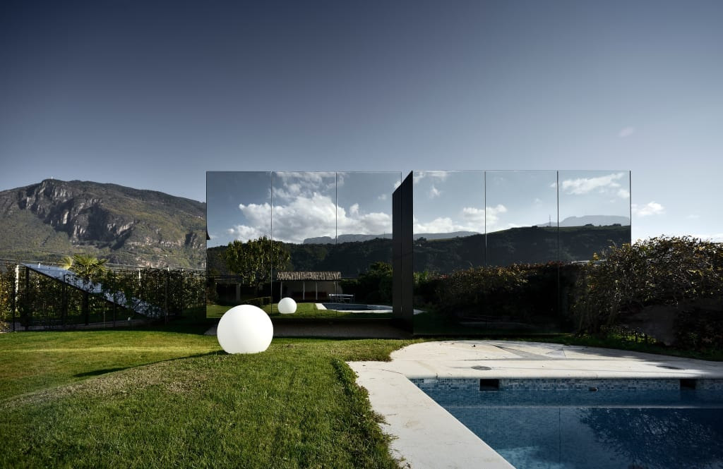 Mirror houses case in stile di peter pichler architecture for Homify case