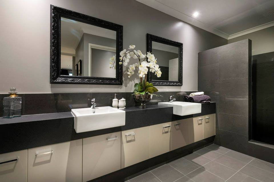 Interior design ideas redecorating remodeling photos homify Bathroom design perth uk