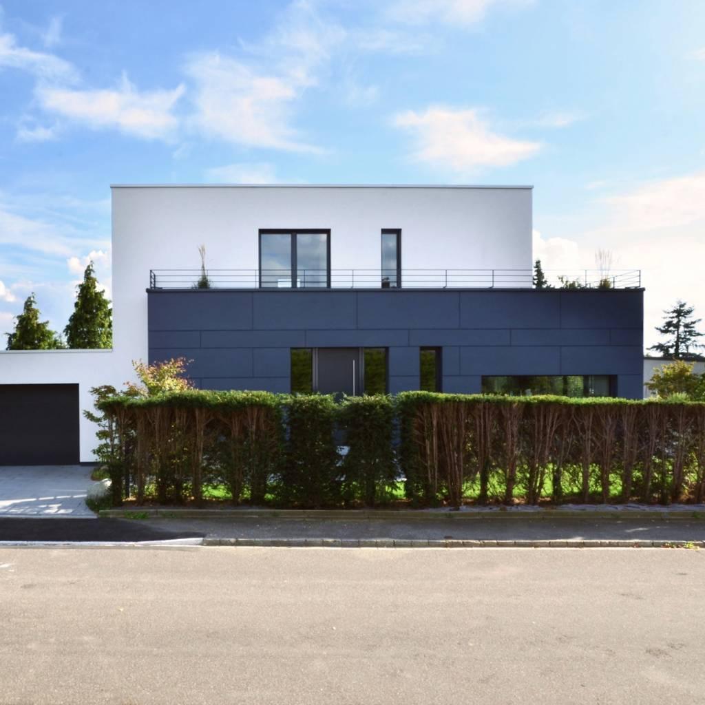 huser am hang bilder amazing beautiful stunning modernes. Black Bedroom Furniture Sets. Home Design Ideas