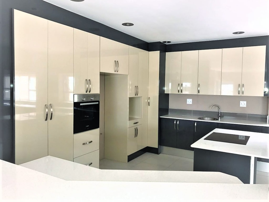 High Gloss Modern Two Tone Kitchen Built In Kitchens By Zingana Kitchens And Cabinetry
