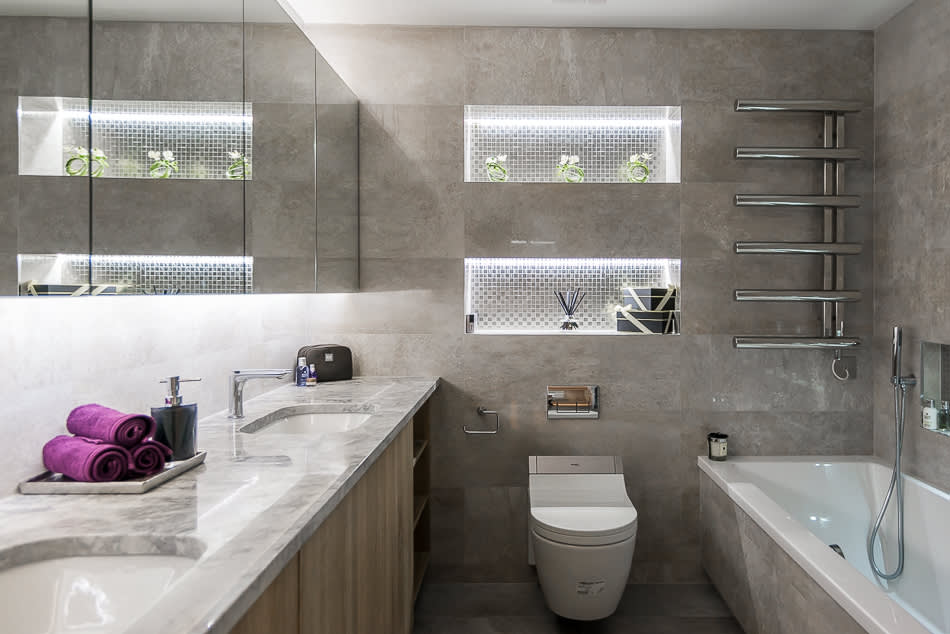 Modern bathroom photos bathroom homify for Modern small bathroom designs 2013