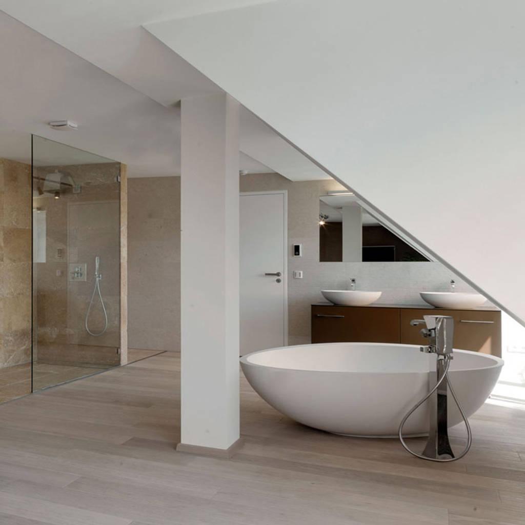 moderne badezimmer bilder badezimmer homify. Black Bedroom Furniture Sets. Home Design Ideas